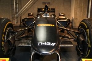 Eredeti F1-es versenyautót adományoz jótékony célra a Toyota