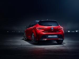 A nyár végével is a Toyota vezeti a hazai forgalomba helyezések listáját