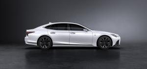 Alaposan megújult a Lexus LS