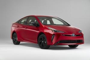 Jubileumi sorozattal ünnepel a húsz éves Toyota Prius