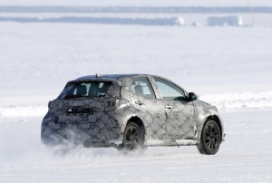 Kémfotókon a Toyota nem egy, hanem két új crossovere