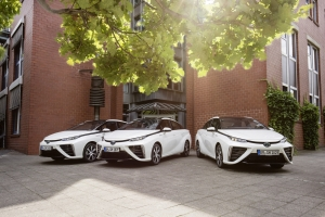 Németország hidrogén-fővárosában is Toyota Miraival járnak