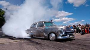 Két világ találkozása: Lexus LS 1951-ből?!