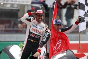 Ralizni is fog a Toyotával Fernando Alonso?