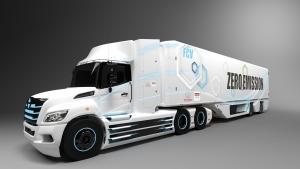 Hidrogén üzemű nyerges vontatót fejleszt a Toyota-csoport
