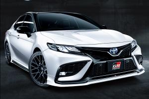 A Toyota hibrid nagy szedánjából is készülhet sportváltozat