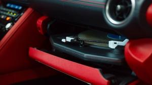 Tökéletes hangzást szeretne? Tegyen lemezjátszót az autóba!