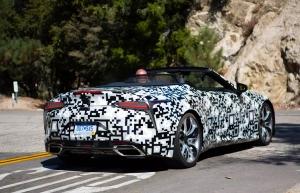 Turbómotort kap a Lexus csúcskupéja?