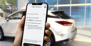 Egyedülálló szolgáltatással segít balesetes ügyfeleinek a Lexus