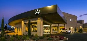 Egy minden korábbinál szélesebb körű felmérés szerint Lexus-kereskedőnek a legjobb lenni