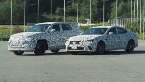 Több forradalmi elektromos újdonságot jelentett be a Lexus és a Toyota