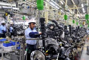 Kiküszöböli a gyártási folyamatból a műanyagokat a Toyota
