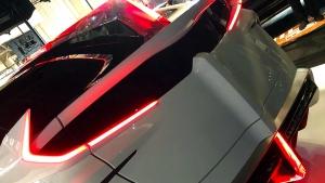 Őrült Prius tuning az ambivalencia jegyében