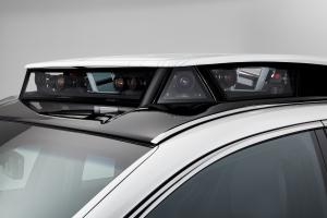 A hibrid technológia teszi még okosabbá a Lexus új generációs önvezető autóját