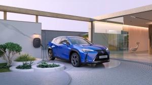 Mesebeli otthont álmodott első villanyautója köré a Lexus