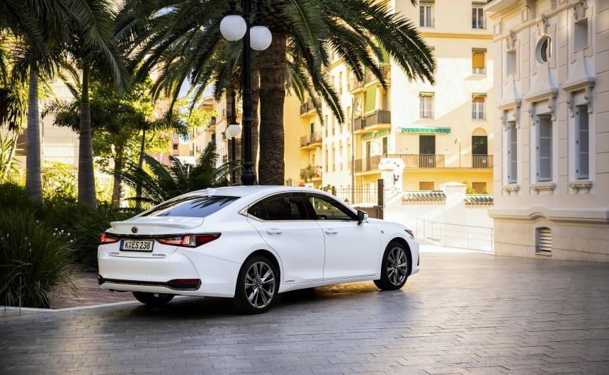 J. D. Power 2020: a Lexus ES minden idők legmegbízhatóbb személyautója