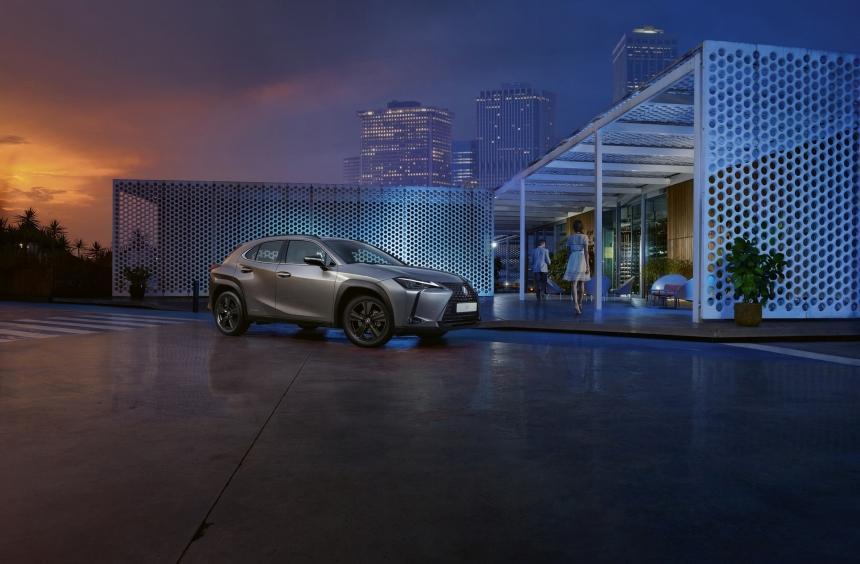 Lexus UX Sport: a Tahara szellemében