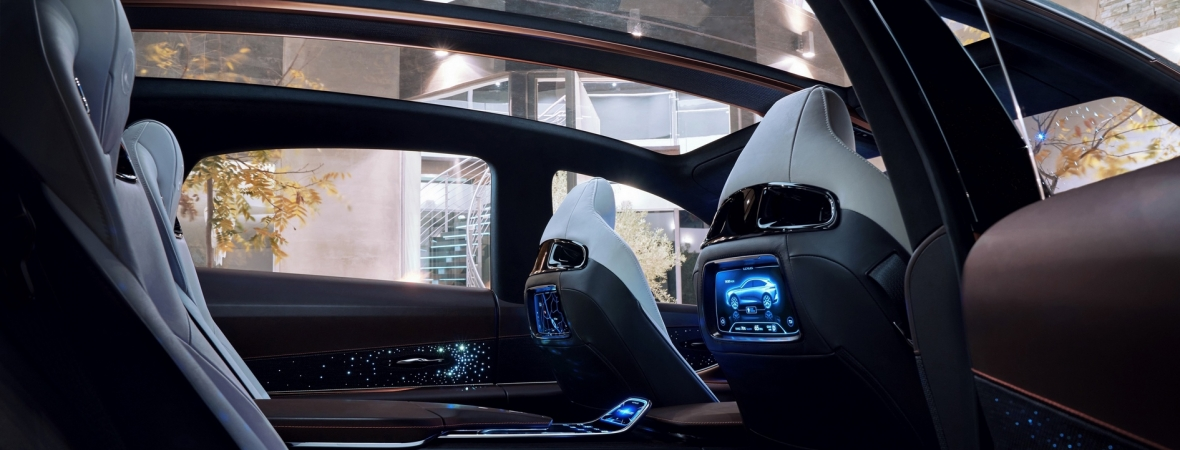 Vadonatúj szabadidőjárművet vezet be a Lexus, hamarosan megkezdik a gyártását az USA-ban
